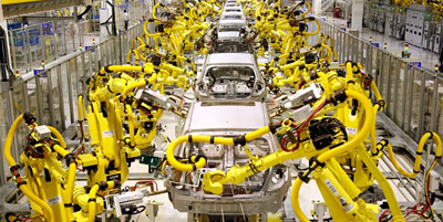 Hyundai factory using robots to build cars